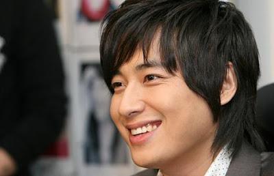 Lee Ji-Hoon glass mask