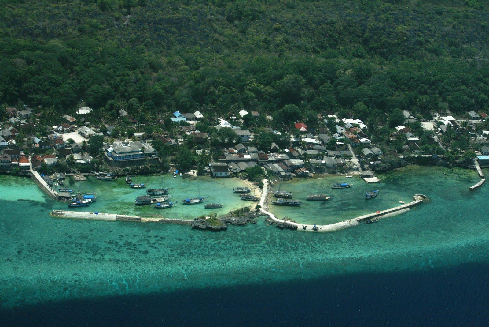 Pulau Wangi Wangi | Sumber: Surga di Khatulistiwa