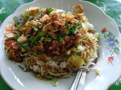 Nasi Lengko, Sega Lengko, Kuliner Cirebon, Bapontar Hotel