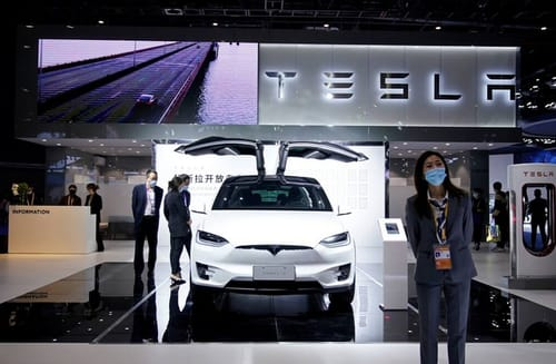 Tesla is trying to ease Chinese spying concerns