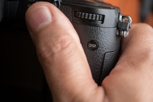 Panasonic Lumix GH5, кнопка Disp