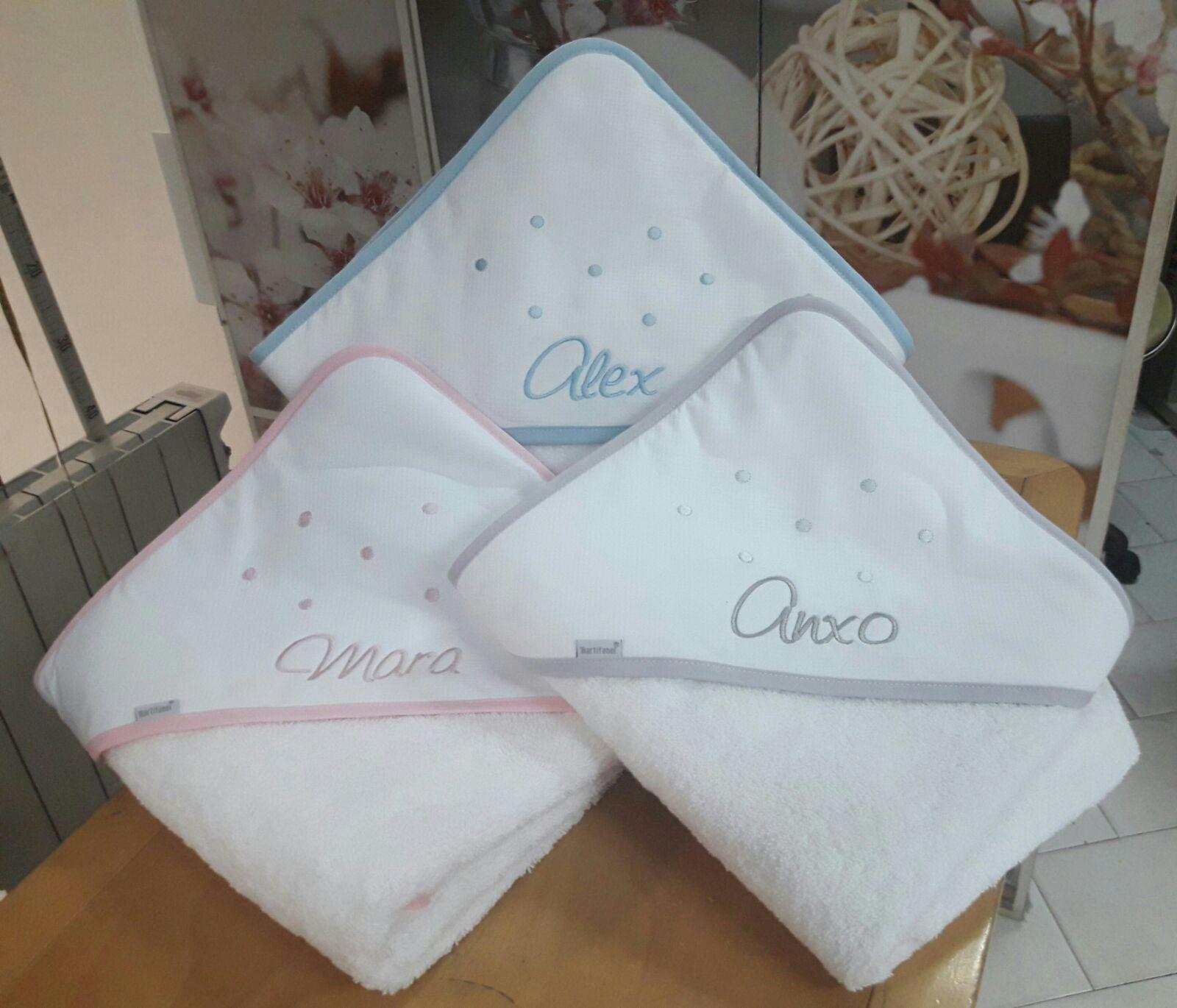 Bordados loymar - Capas de bano bebe personalizadas ...
