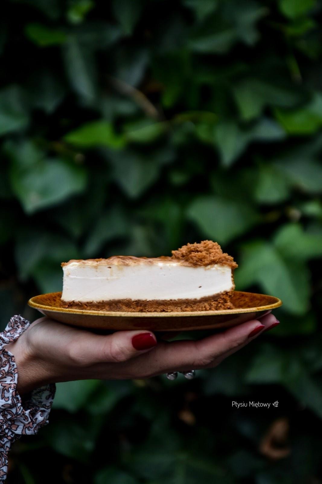 sernik, ciasto, deser, ptysiu mietowy