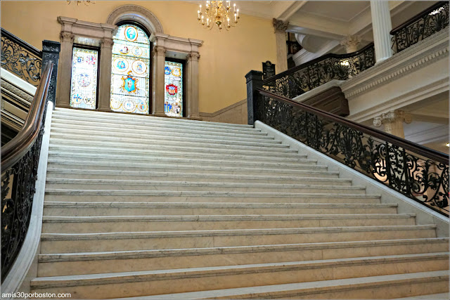 Grand Staircase del Massachusetts State House