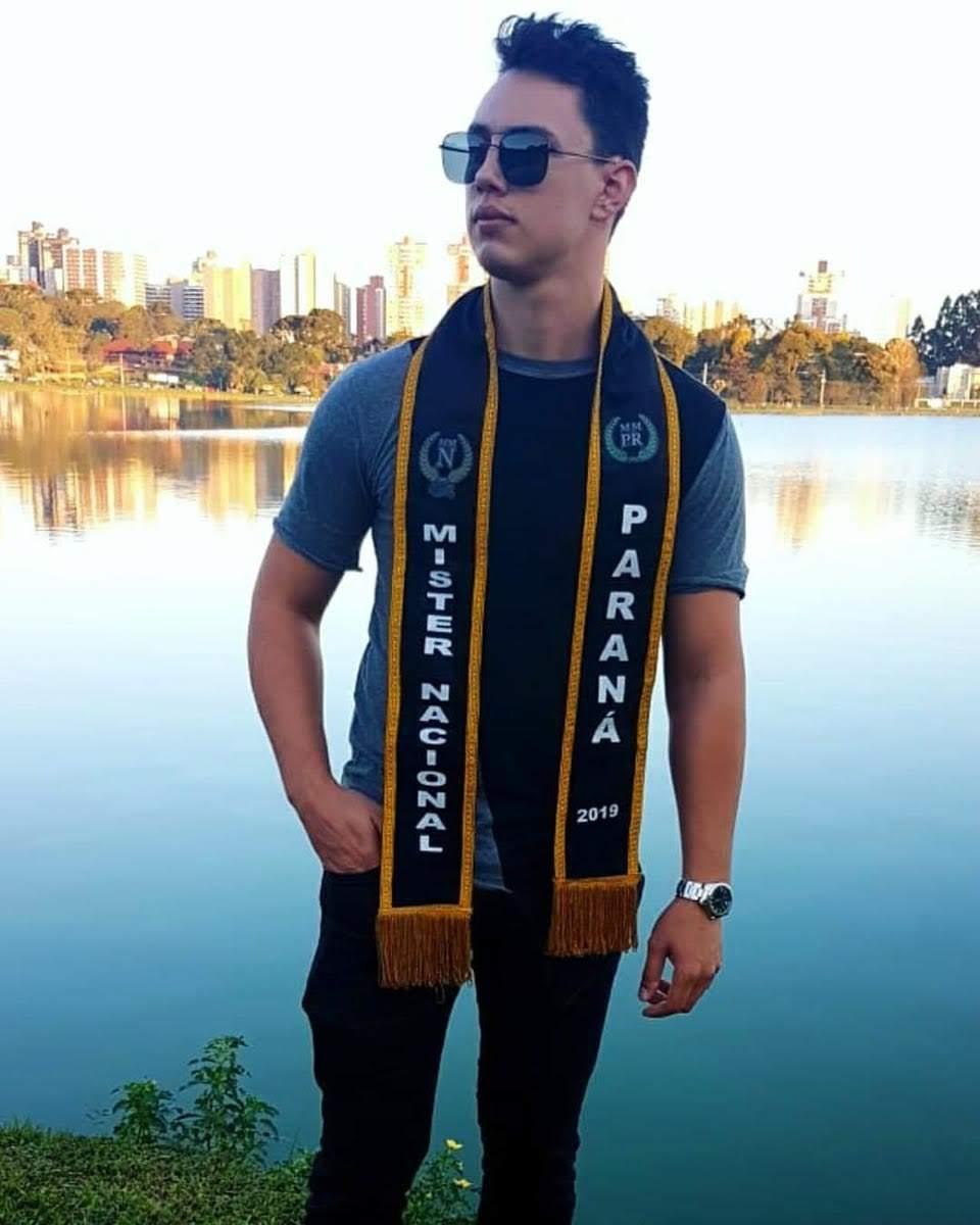 Mister Model Nacional Paraná 2019 - Adryan Mataczinski. Foto: Divulgação