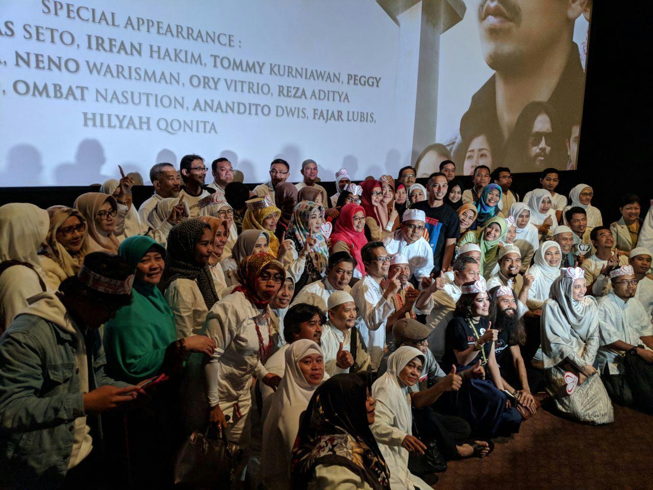 Diterpa Badai Fitnah, Ini Komentar Non Muslim Soal Film 212