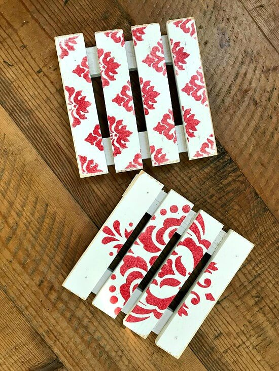 Red and white DIY Christmas Drink Coasters