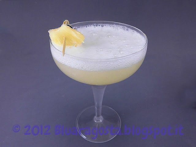 cocktail prosecco e ananas
