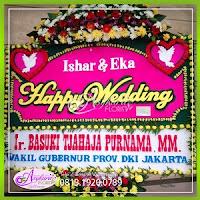 bunga papan wedding di bekasi