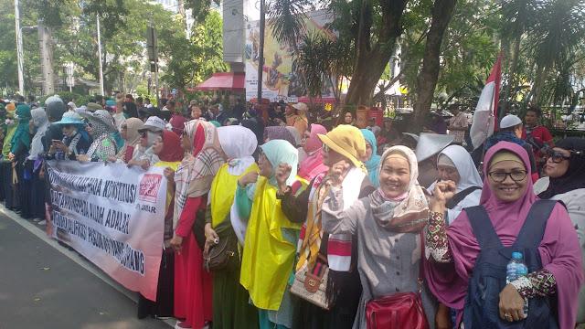 Emak-Emak dan Habib Rizieq Jadi Alasan Rekonsiliasi Prabowo-Jokowi Urung Terjadi