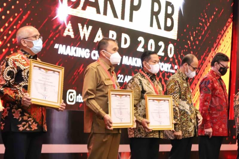 Kota Tangerang Meraih Penghargaan Reformasi Birokrasi