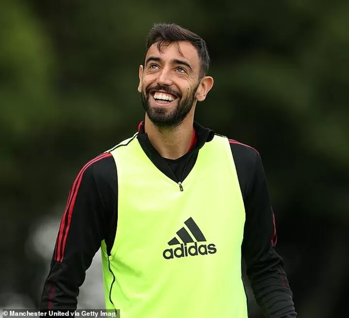 Bruno Fernandes identifies Man United youngsters to watch out for