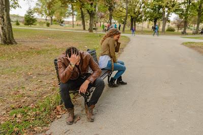 Pertengkaran antara suami dengan istri terkadang bisa terjadi tanpa alasan