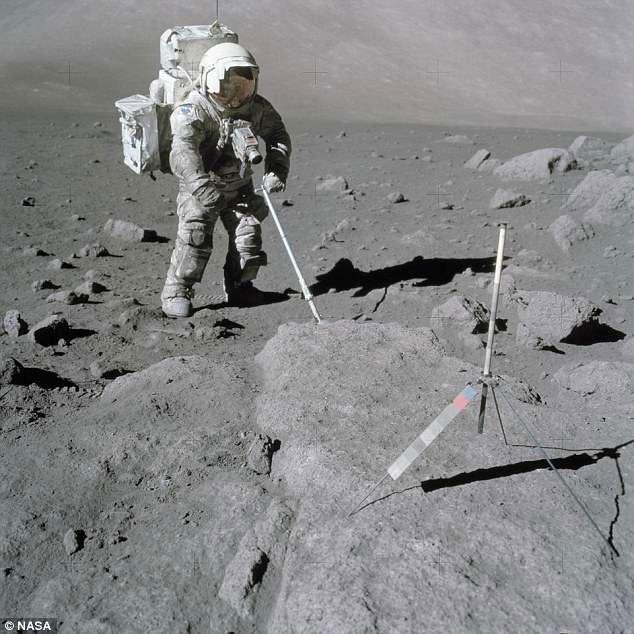 Căn bệnh bí ẩn phi hành gia nào cũng mắc phải khi lên Mặt trăng