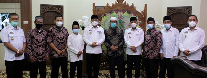 Wujudkan Generasi Muda Islami, Walikota Metro Terima SIlaturahmi Pengurus Ponpes Al-Muhsin
