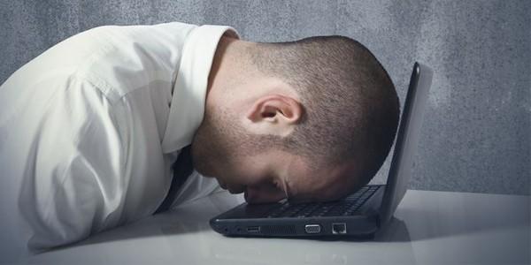 5 Tanda Karyawan Sudah Berada di Titik Terendah Karier, Anda Termasuk?