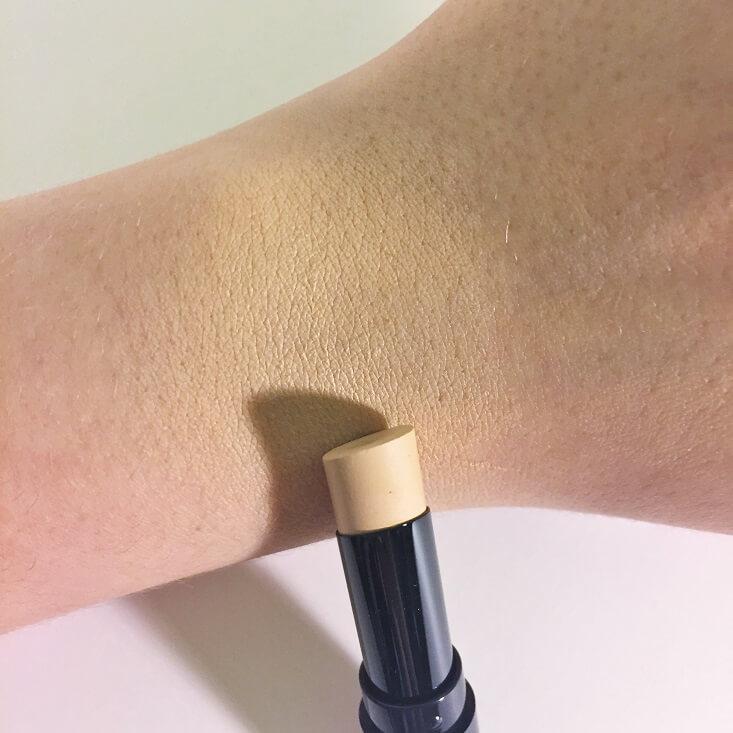 Hourglass Vanish Seamless Finish Foundation Stick Shell swatch