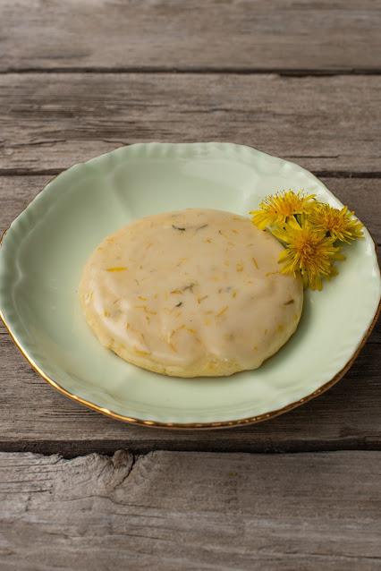 Lemon Dandelion & Cardamom Sugar Cookie