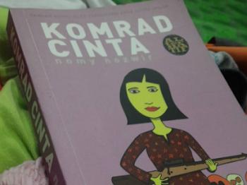 Komrad Cinta by Nomy Nozwir