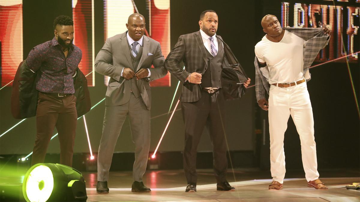 Por que a WWE quebrou a The Hurt Business?