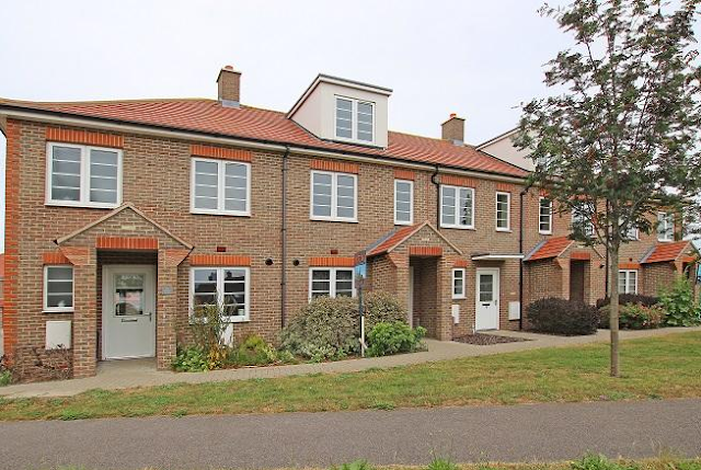 3 bed house, Pecketts Gate, Chichester, West Sussex