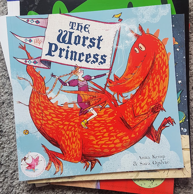Katrina Over 30s UK blogger talking about parenting, autism, mental health, books and coeliac disease.Kids love to read blog blogger link up laura summers bookbairn childrens story picture books book review