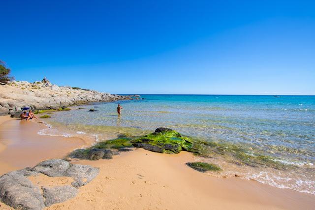 Spiaggia di Campana pontile-Su Giudeu