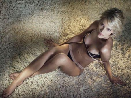 Hot Yasmin Brunet nude (49 pictures) Erotica, YouTube, swimsuit