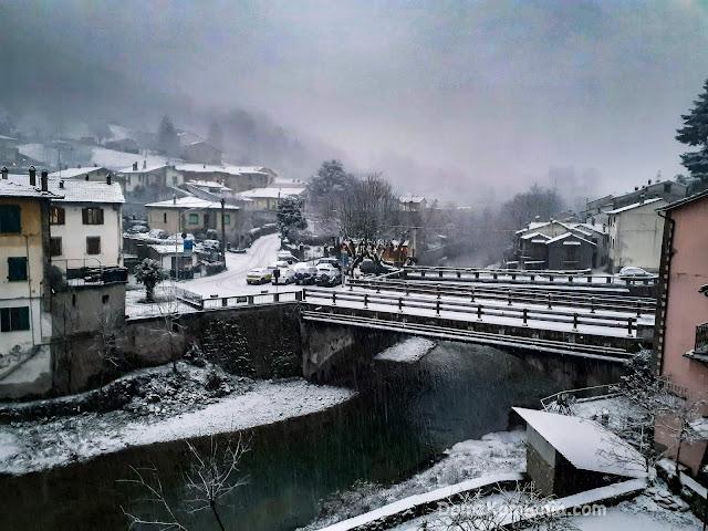 Biforco - zima w Toskanii, Dom z Kamienia blog