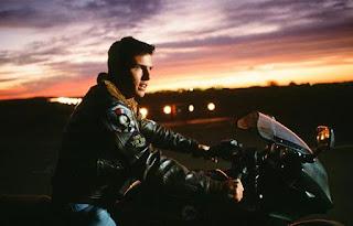 aviasi populer ikonik film top gun