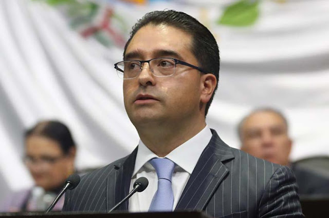 Propondrá Iván Rodríguez tipificar como delito el uso de vacunas con fines electorales