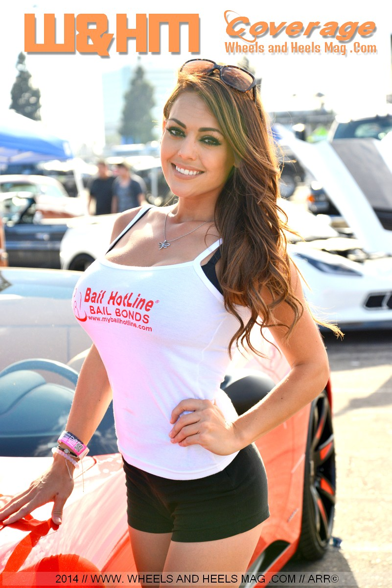 Jessica Molina model in white tanktop looking gorgeous for Bail HotLine in DUB Anaheim 2014