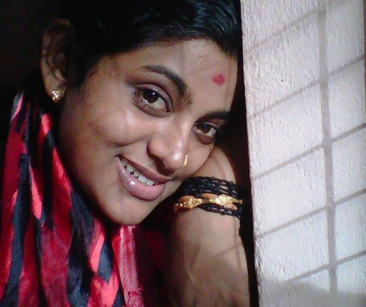Veena Nair Tv Anchor: Malayalam Serial Actress Veena Nair Hot New Photos In