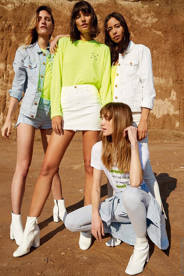 Moda primavera verano 2020 jeans minis y camperas.