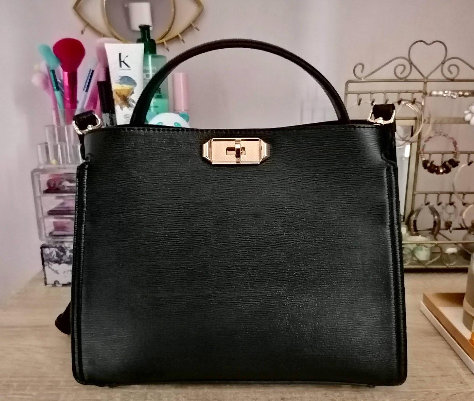 What's in my bag avec le sac à main Jeanne TOM&EVA! 👜