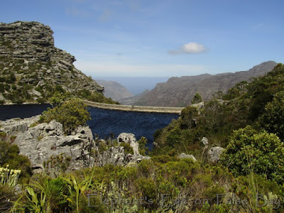 De Villiers reservoir looking across to Little Lion's Head and Karbonkelberg