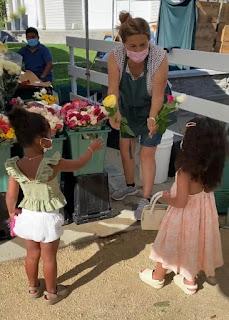 Dream Kardashian and True Thompson looks like grown-ups shopping at Farmers' market