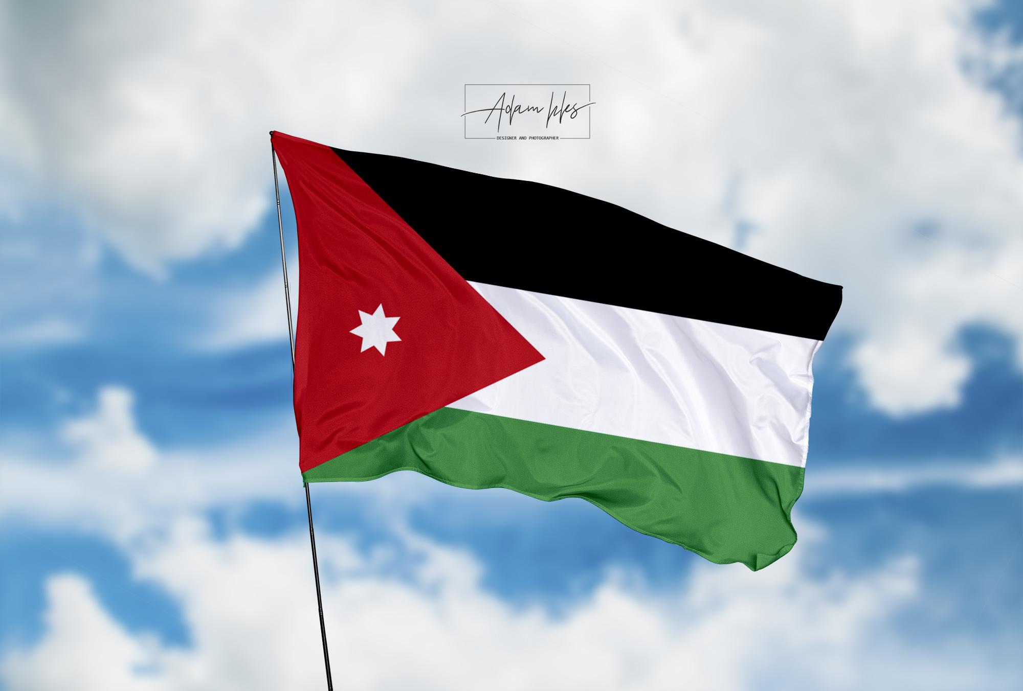 تحميل اجمل خلفية علم الأردن يرفرف في السماء - اجمل خلفيات الأردن الرائعة