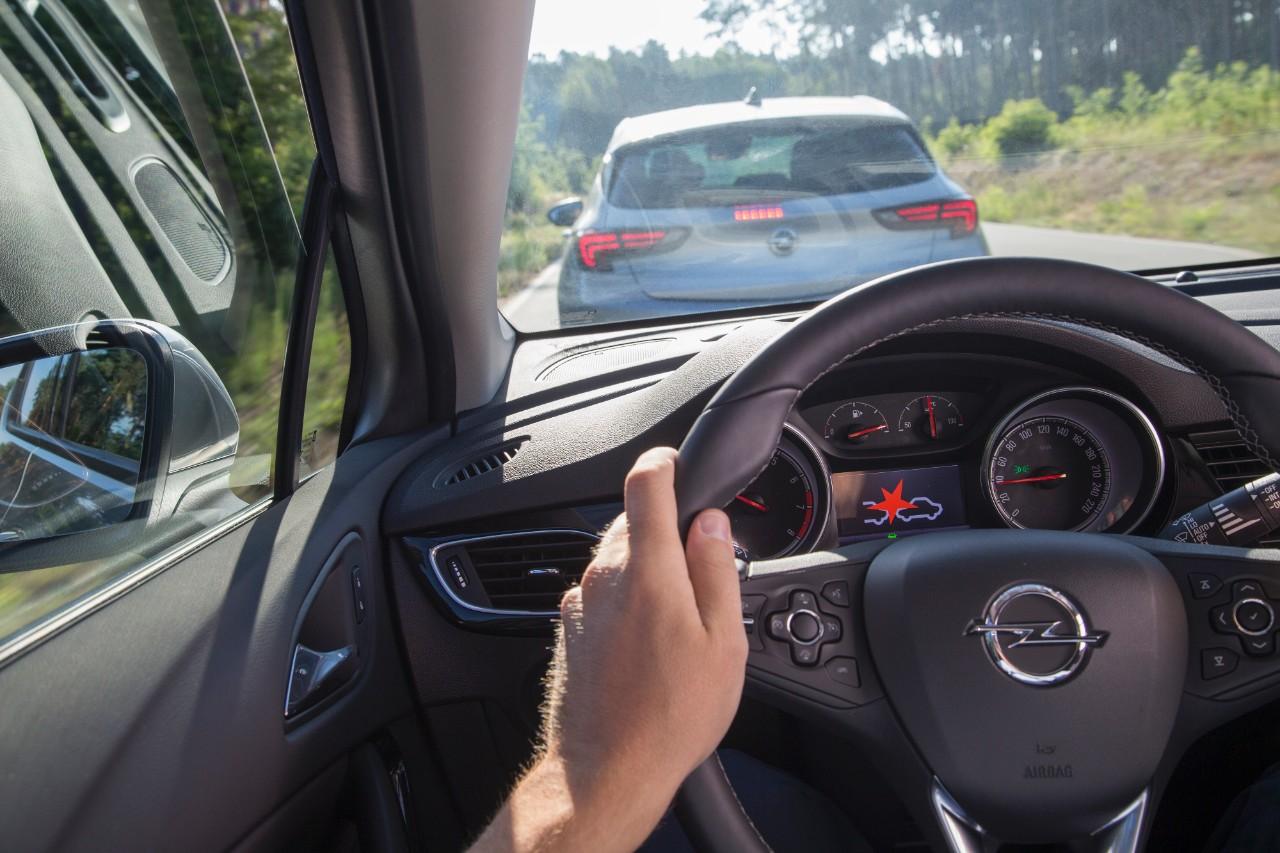 cq5dam.web.1280.1280%252820%2529 Ασφάλεια και πολυτέλεια 5 Αστέρων για το νέο Opel Astra Hatcback, Opel, Opel Astra