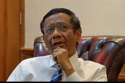 """Bilang """"Haram Tiru Sistem Pemerintahan Nabi"""", Pengurus MUI: Mahfud MD Harus Segera Bertaubat"""