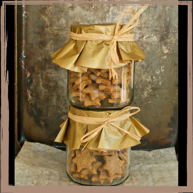 A jar of ginger biscuits.