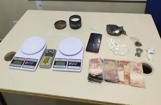 Suspeito de homicídio é preso com drogas em Santo Antônio de Jesus