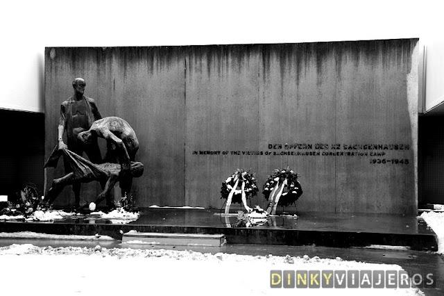 Monumento en memoria de las víctimas