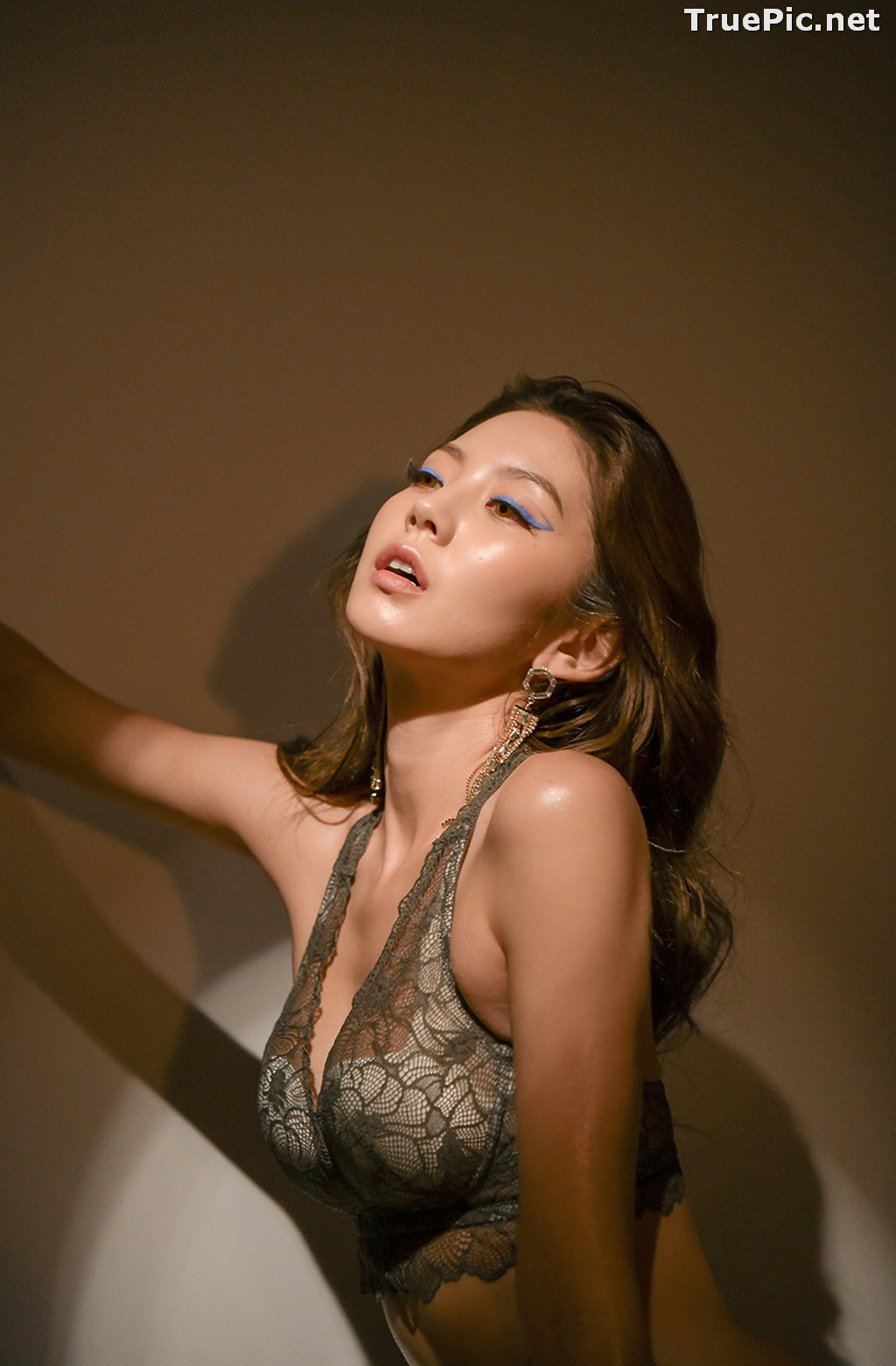 Image Korean Fashion Model - Lee Chae Eun - Soft Brown Lingerie - TruePic.net - Picture-5