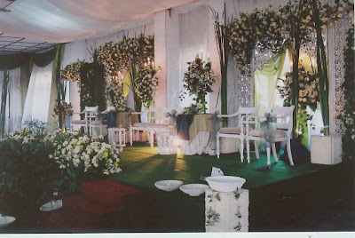 contoh dekorasi pernikahan modern, elegan, futuristik