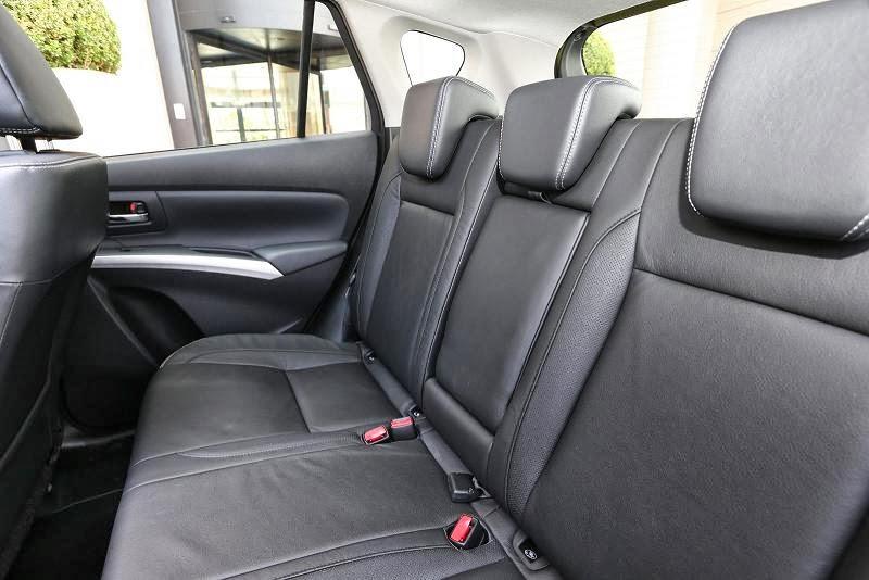Yeni Suzuki SX4 inceleme Resimleri