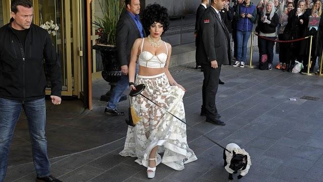 Captan el momento del ataque sufrido por el paseador de perros de Lady Gaga