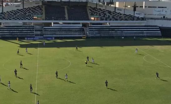 Central vence o Caucaia de virada com gol no fim