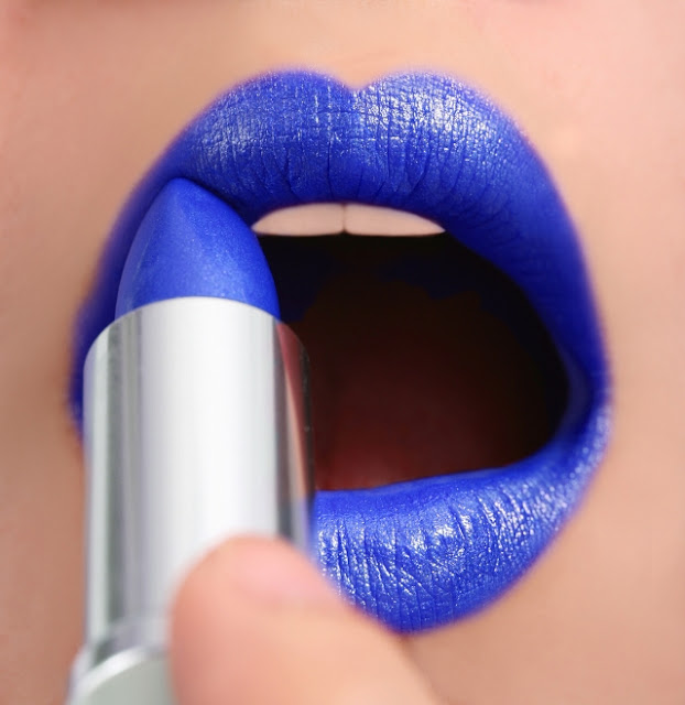 rossetto blu tendenza rossetto blu tendenze make up autunno 2016 blue lipstick beauty tips beauty blog color block by felym beauty blog italiani
