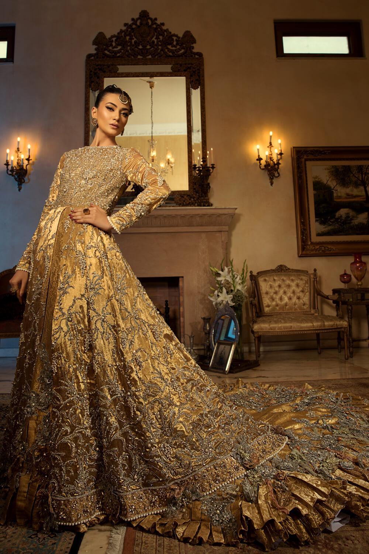 Gold Kimkhab Lehenga by Nilofer Shahid